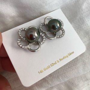 Beautiful Tahitian pearl plumeria earrings